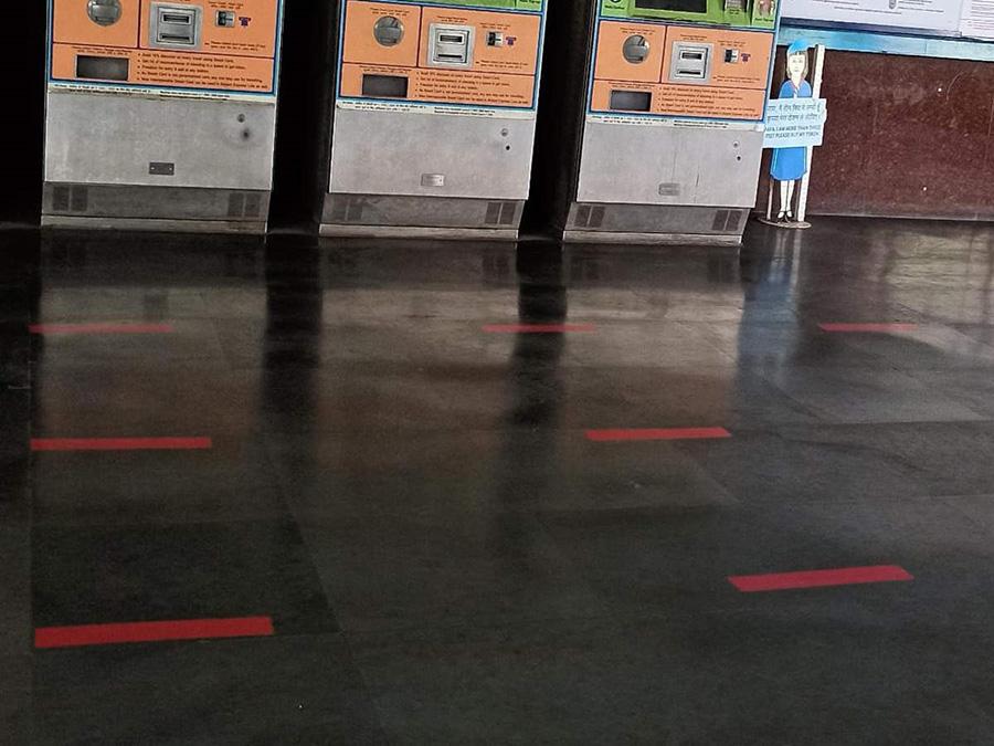 Delhi-Metro-Station-Corona